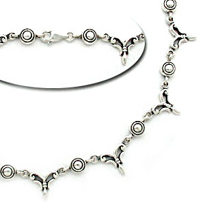Linked modern silver necklace